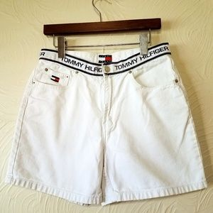 1990s Vtg White Tommy Shorts with Logo size 10